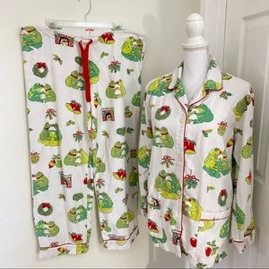 Nick and Nora Holiday Kissing Frogs Flannel PJ Med